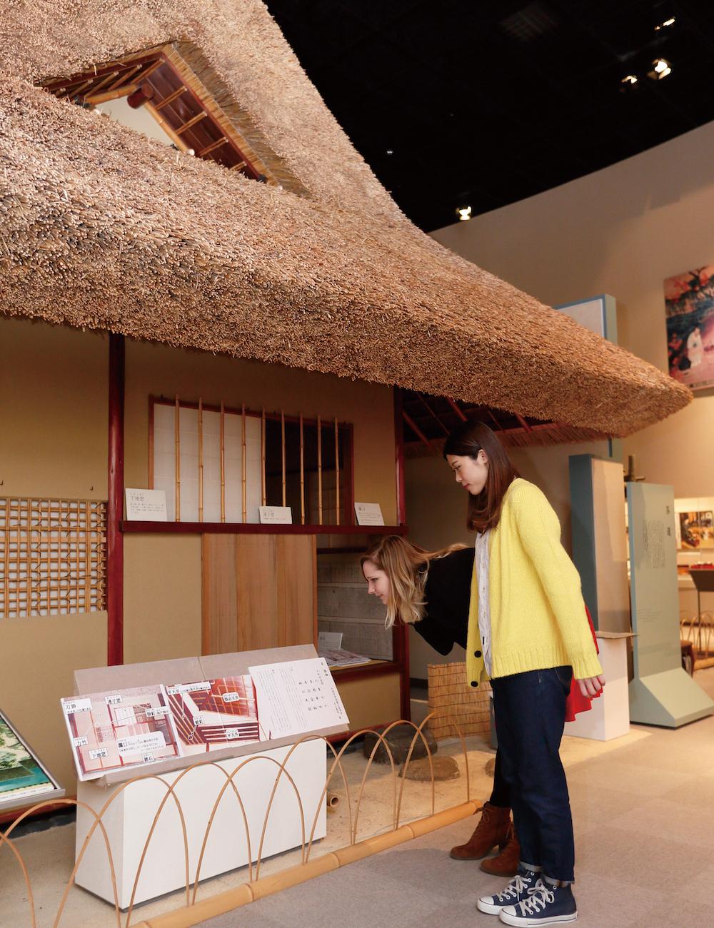 看板上詳細介紹茶室的每個地方,都與茶文化緊緊 相關。