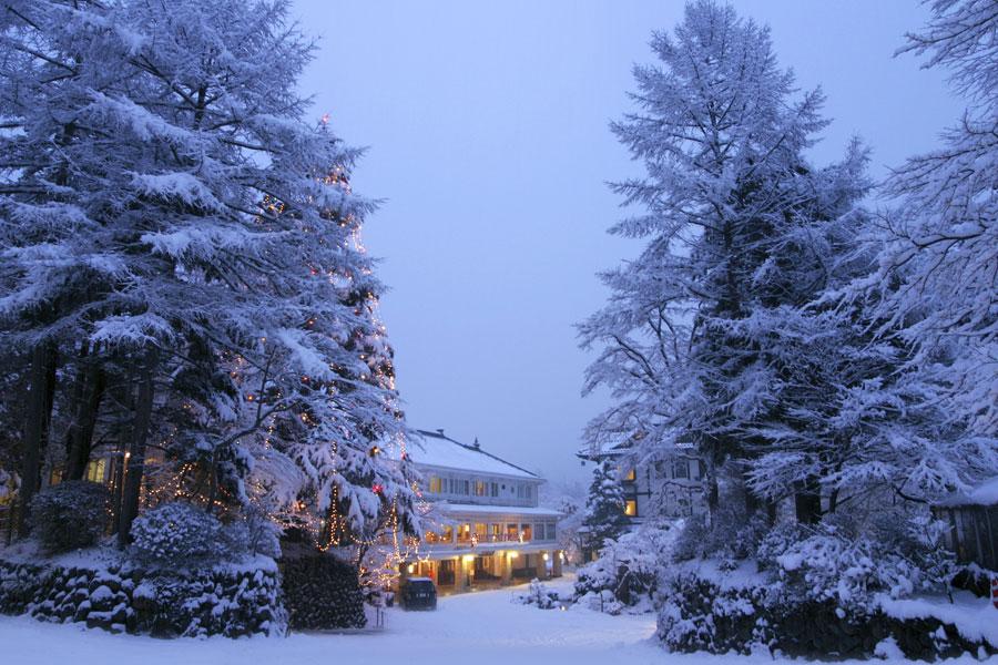 kanaya-hotel-in-the-snow