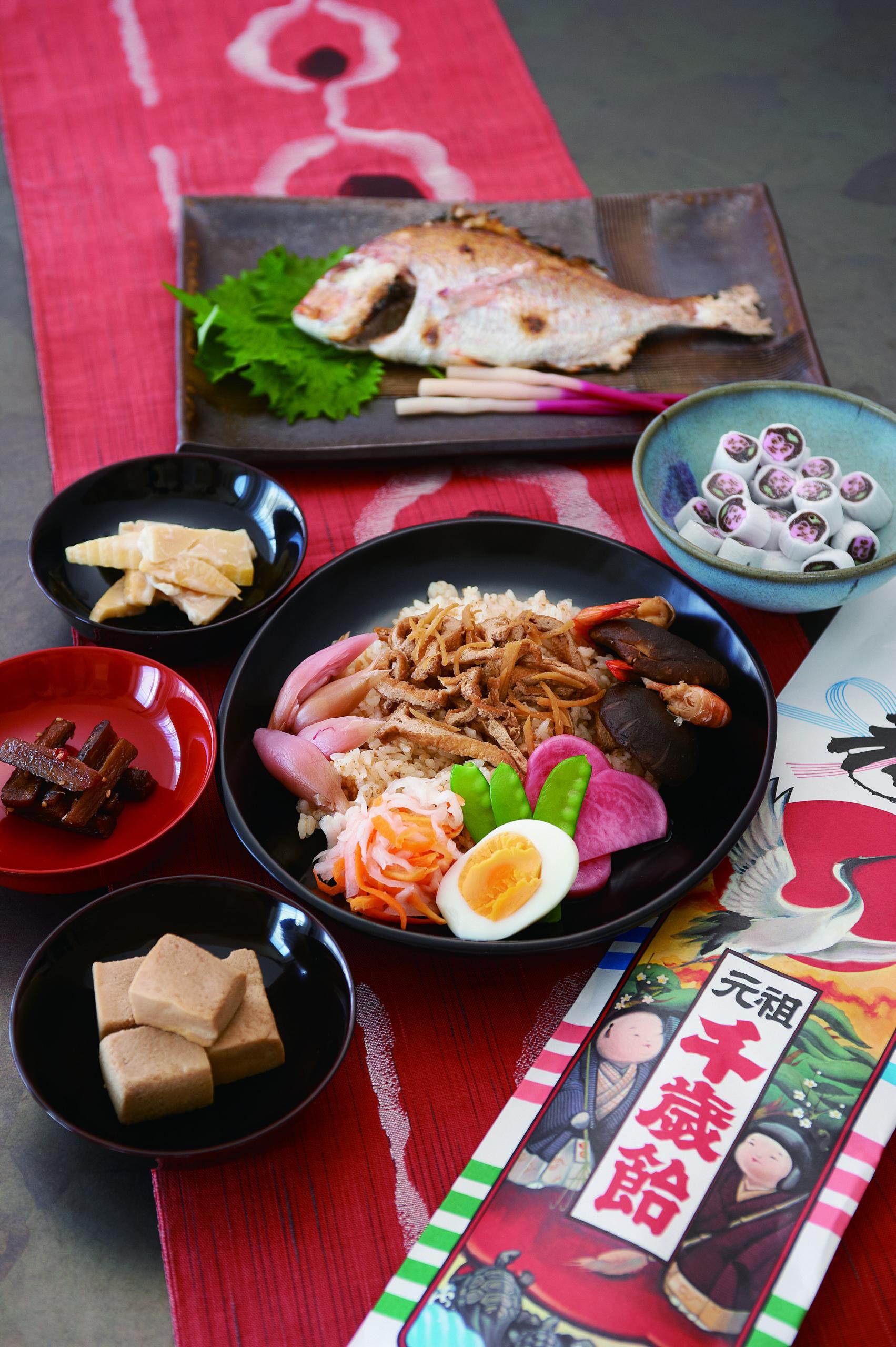 จิโตเสะ อาเมะ (ลูกอมพันปี) ขนมที่ให้เด็กๆ ในวันพิเศษนี้ เพื่อเป็นสัญลักษณ์แห่งการมีอายุยืนยาว