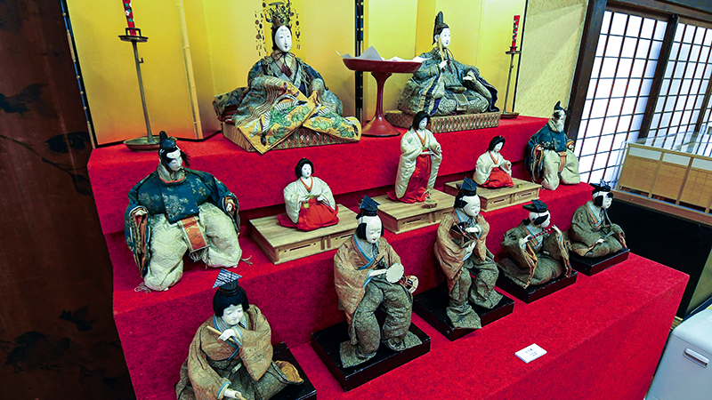 The Hina dolls of SAMURAI