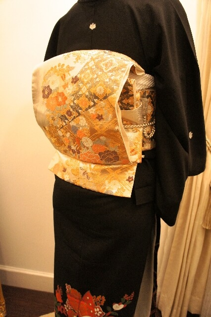 Kimono Obi Taiko knot