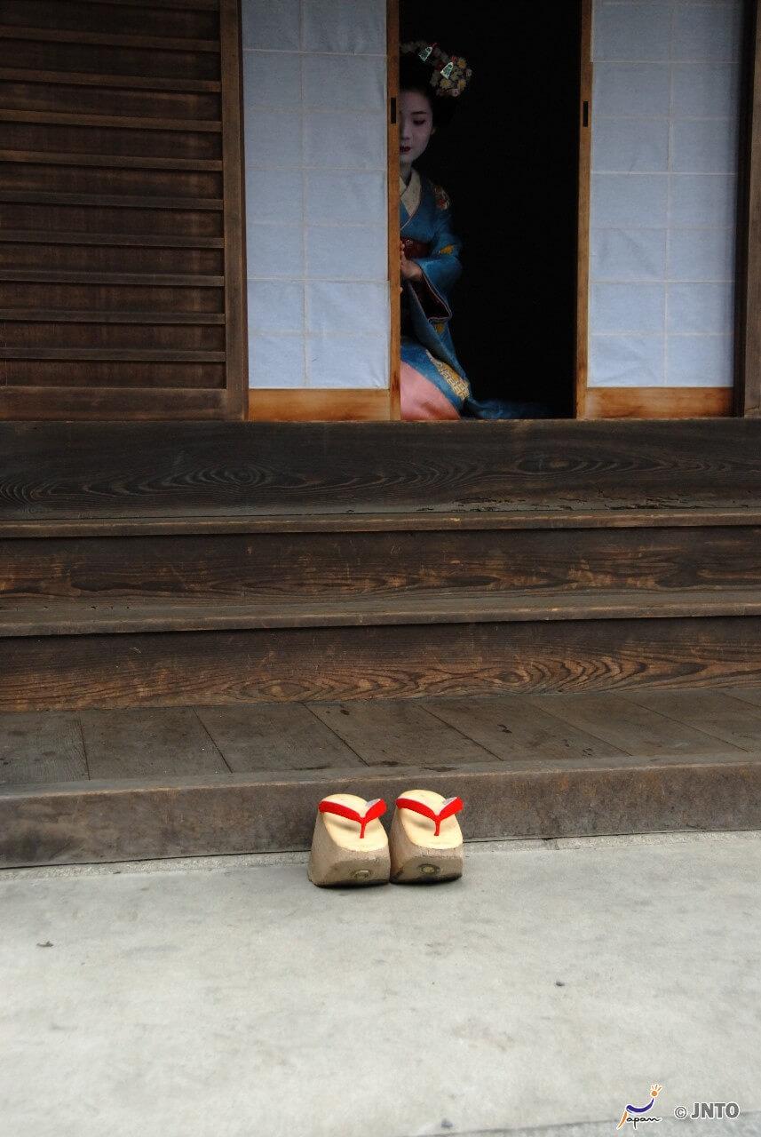 wooden kimono shoes