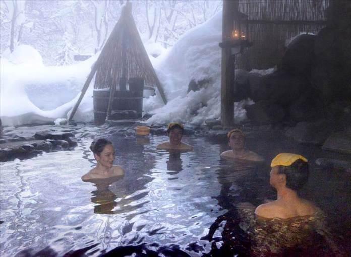 mixed bathing Japan