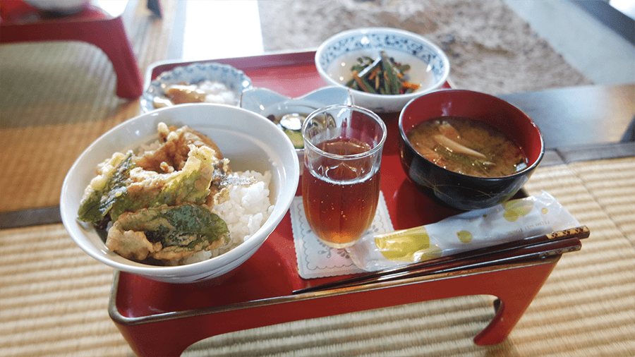 delicious-food-at-minshoku-in-yamagata