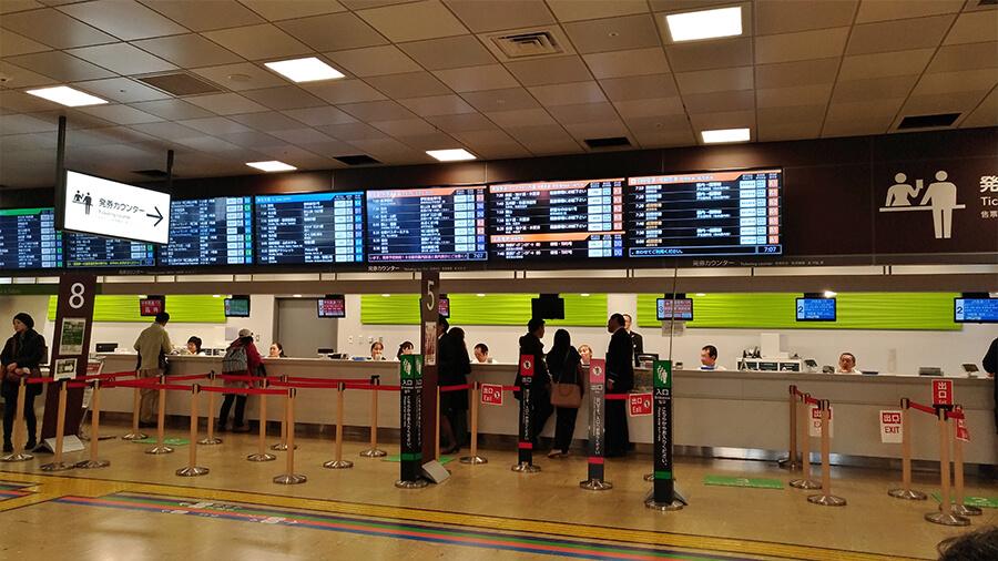We took a direct bus to Kawaguchiko from the Shinjuku Expressway Bus Terminal
