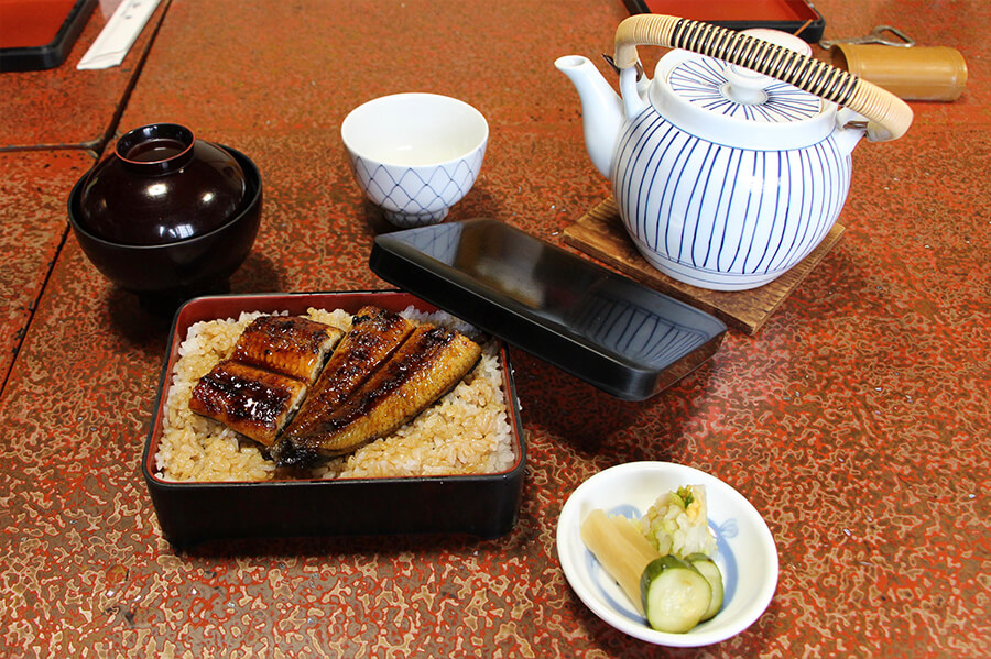 Unagi (eel) and rice; a successful recipe for over 100 years