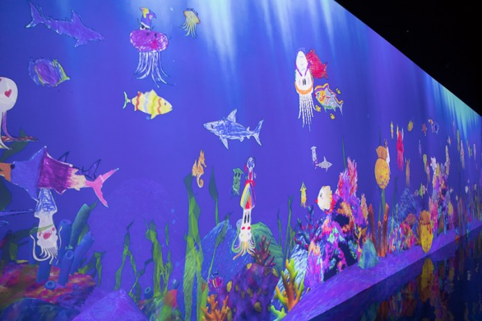 teamLab Borderless aquarium